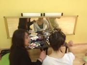 Maquillandonos